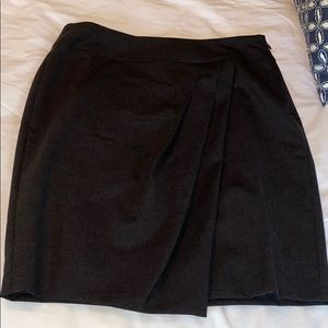 Beautiful, classy Ann Taylor pencil skirt sz 2